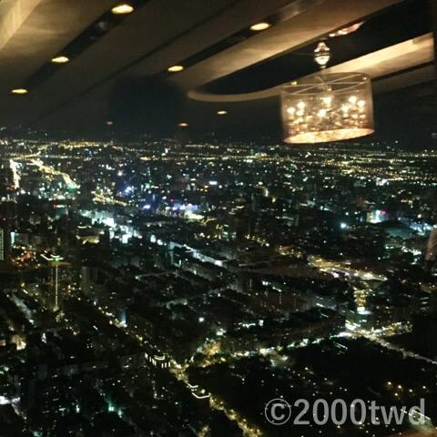 隨意鳥地方101義大利菜餐廳から見た夜景