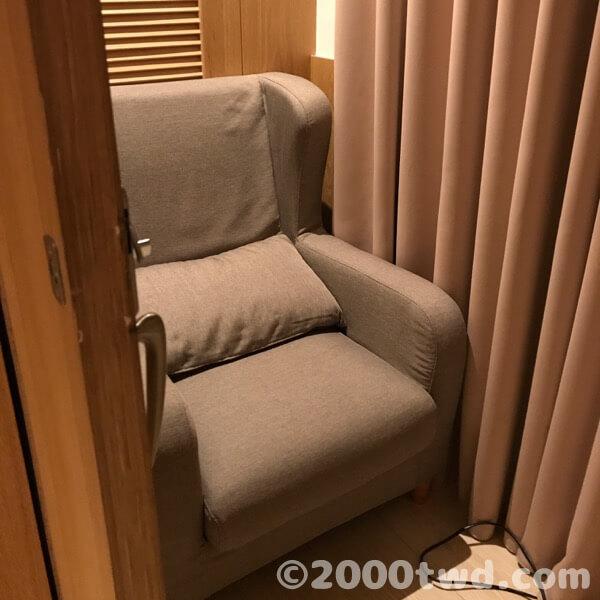 トイレは室外、授乳室とおむつ台は室内