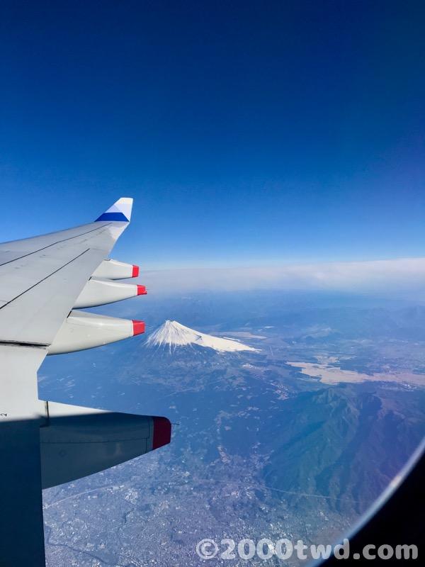 台北松山空港行きのフライトで見た富士山
